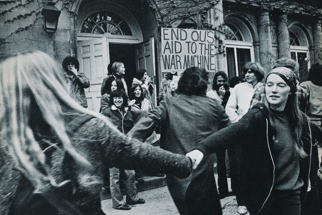 Anti-war rally, 1972. Photo courtesy of Ohio University Mahn Center for Archives & Special Collections